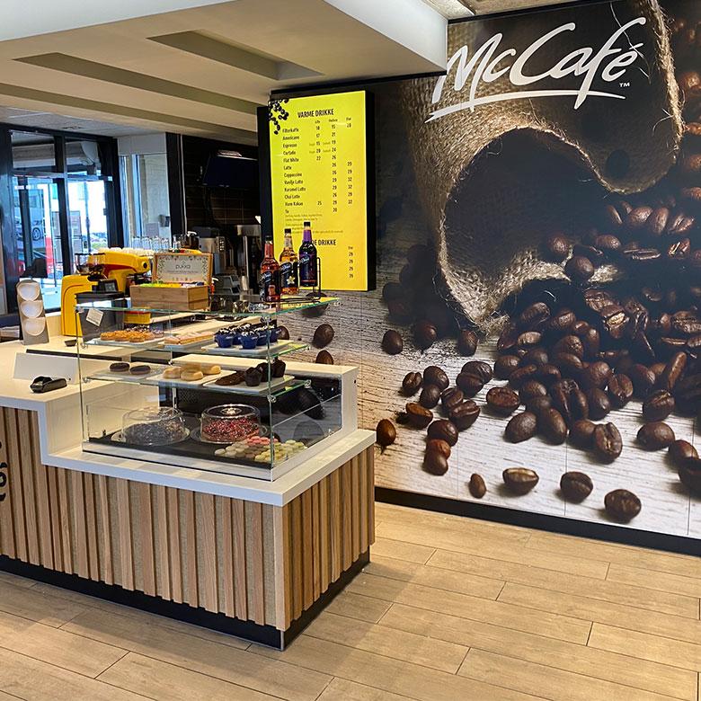 mc-donalds-cafe
